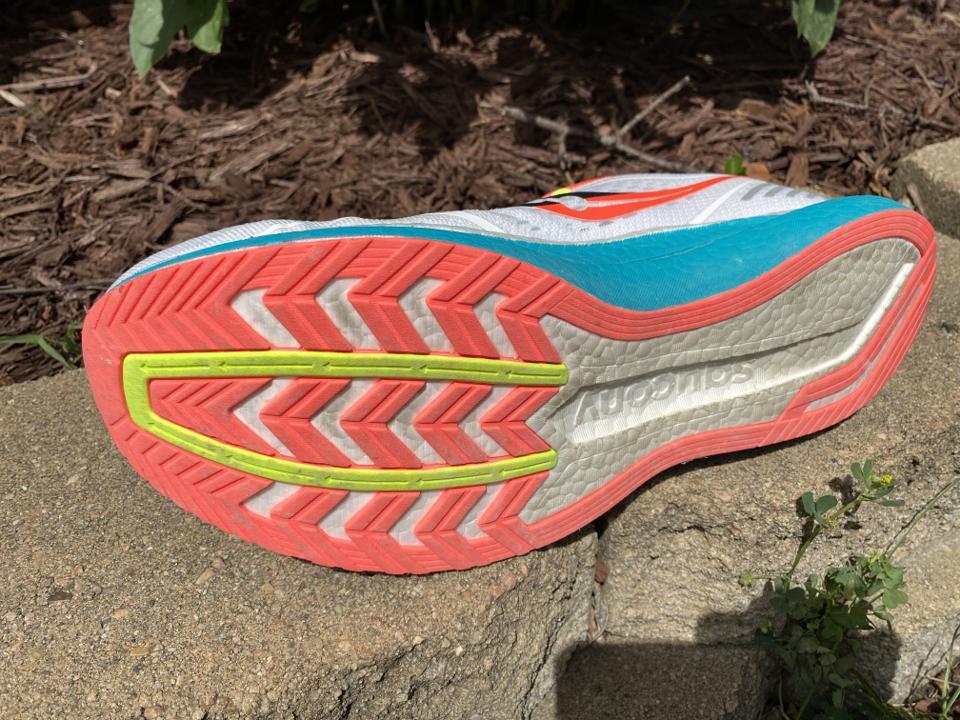 Saucony Endorphin Speed - Recensione Scarpe Running